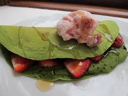 Crepes de Pistachos con Fresas